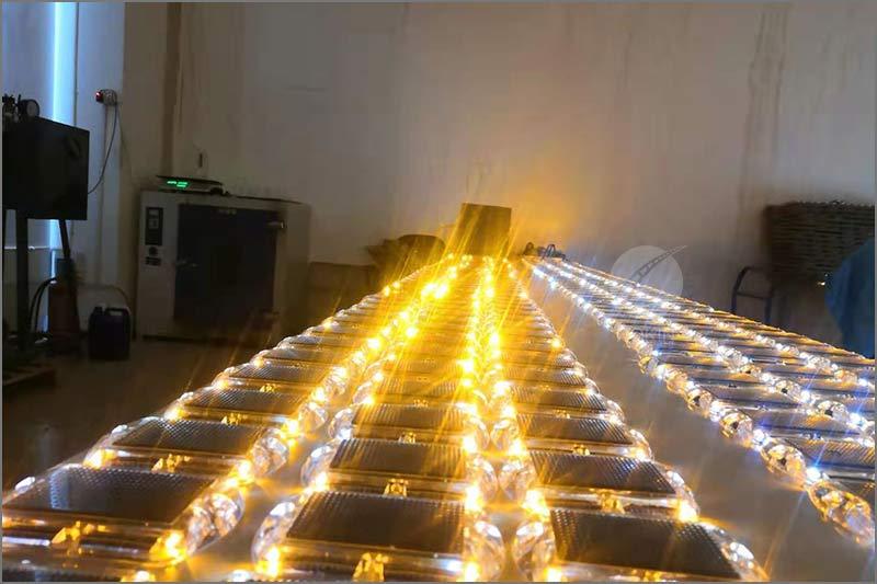 solar-road-stud-factory