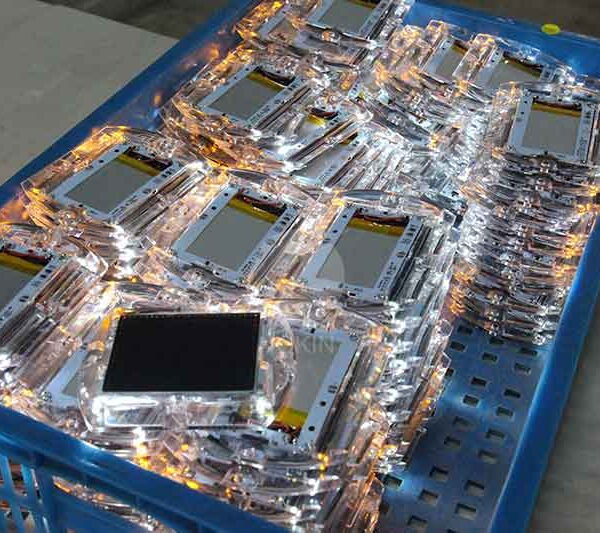 Smart Solar Road Stud Technology